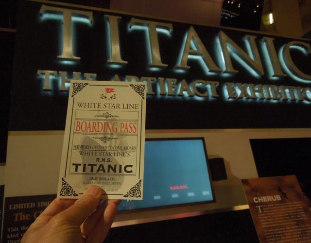 Triển lãm di vật từ con tàu Titanic tại khách sạn Luxor