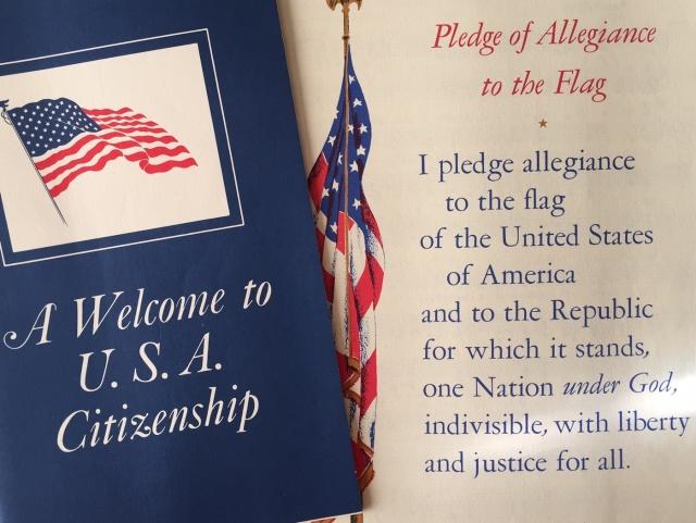 Lời nguyện trung thành dưới lá cờ Mỹ đọc khi tuyên thệ nhập tịch Hoa Kỳ